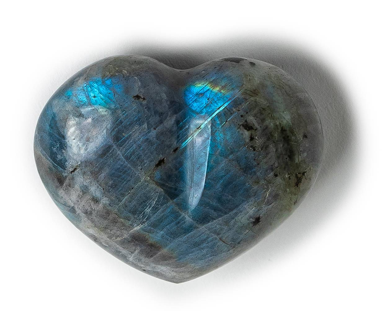 Labradorite Meaning and Healing Properties - Energy Muse