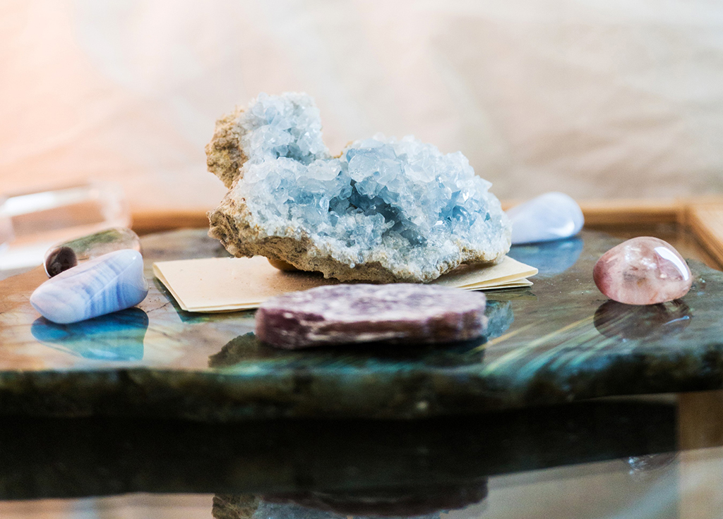 Healing Crystals and Jewelry for Health & Wellness