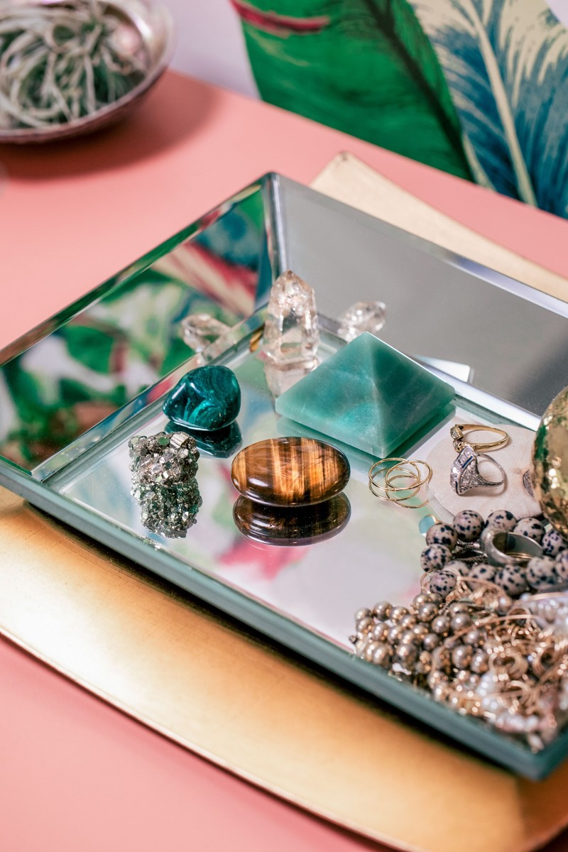 Healing Crystals and Jewelry for Wealth & Success